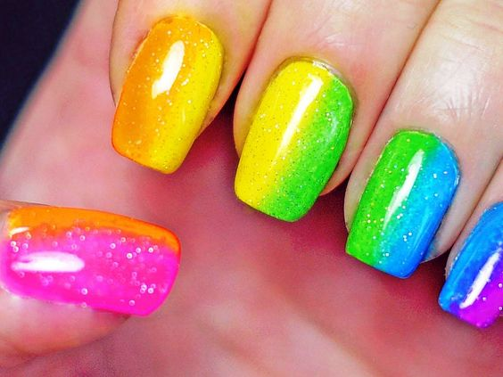 Nail Trends and Nail Polish Colors You Should Avoid at a Corporate Job Interview
